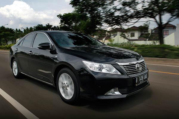 Sewa Toyota Camry Jakarta, Rental Mobil Dinas, Sewa Camry Jakarta